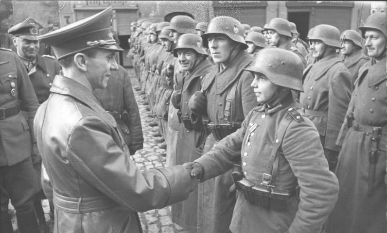 Joseph Goebbels greets Wilhelm Hübner.