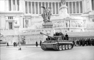 Italy near Nettuno, a Tiger I of schwere Panzer-Abteilung 508 in front of the Monument Vittorio Emmanuale II