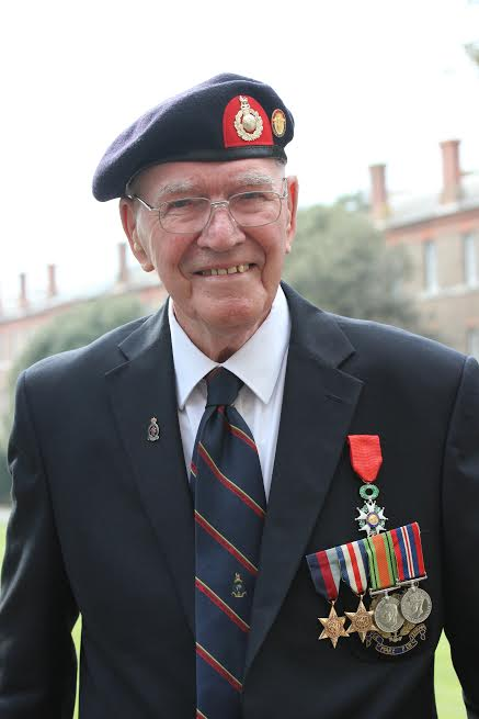 Mr Turner with his awarded Legion d´Honneur (Credits: Diocese of Portsmouth)