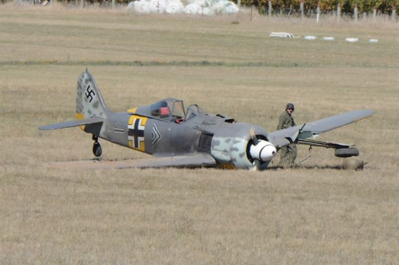 The Focke Wulf Fw 190 sustained minor damage and the pilot got out without injuries. (Credits: Colin Hunter)