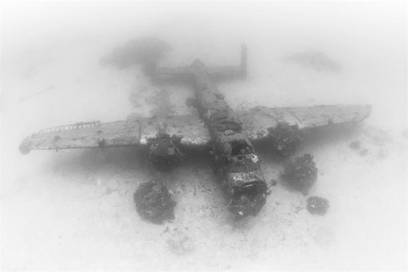 B25 Wreck at Airplane Graveyard Kwajalein (Credits: Brandi Mueller for Argunners)