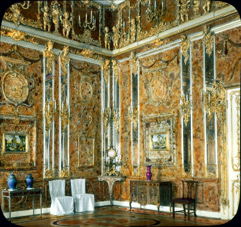 The original Amber Room, 1931. (Credits: Wikimedia)