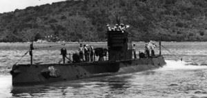 US Submarine R-12 in April 1942. (Credits: U.S. Navy)