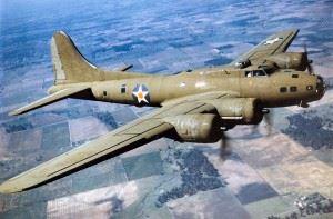 Boeing B-17E in flight. (Credits: U.S. Air Force)