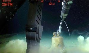 Before the bell was brought up, it was secured away from the wreck of HMS Hood. (Credits: Paul Allen)