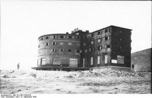 Hotel Campo Imperatore (Credits: Bundesarchiv - 101I-567-1503A-05 - Toni Schneiders)