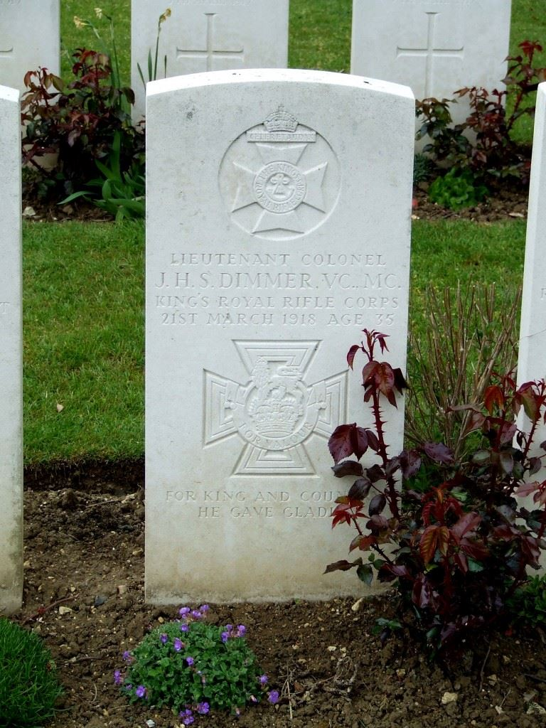 Grave of Jack Dimmer. (Credits: British War Graves)