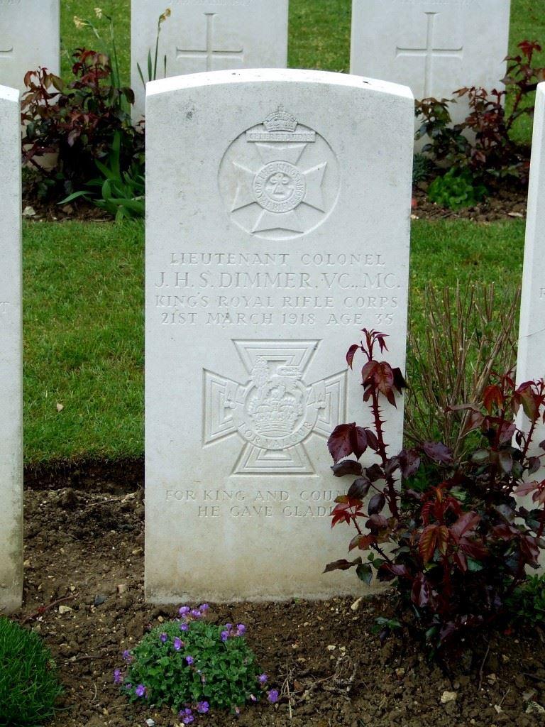 Grave of Jack Dimmer. (Credits: British War Graves)