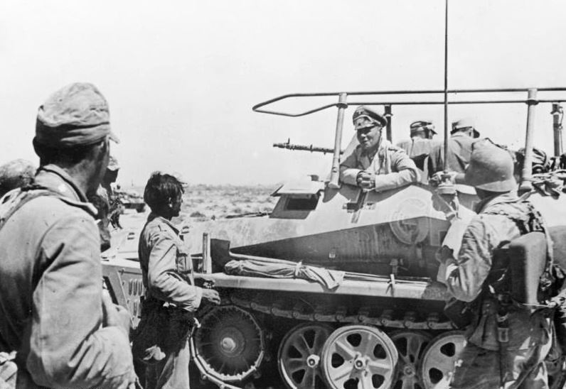 Erwin Rommel in North Africa, near Trobruk. (Credits: Bundesarchiv)