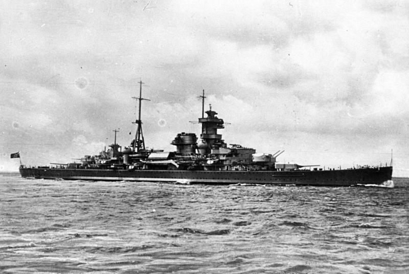 "German Cruiser ""Admiral Hipper"" (Credits: Bundesarchiv)"