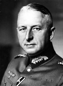 Erich von Manstein (Credits: Bundesarchiv)