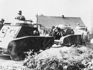 German dummy tanks (Credits: © IWM (STT 23))