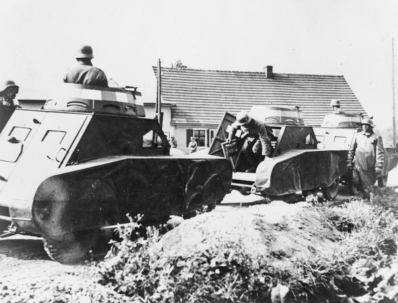 German dummy tanks (Credits: © IWM (STT 23))