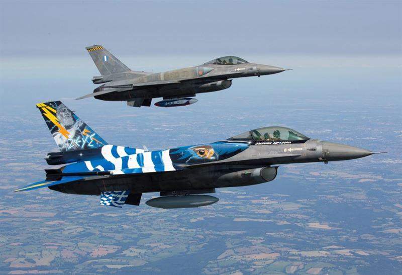 "F-16 ""Zeus"" Formation RIAT 2015"