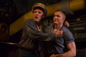 Still of Tom Sizemore and Matthew Pearson in USS Indianapolis: Men Of Courage