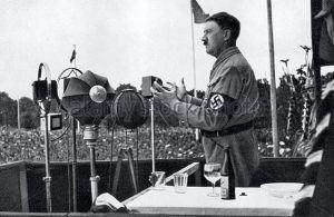 Hitler makes a speech at the Party Congress