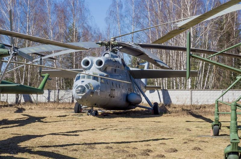 Central Air Force Museum -30- Mil Mi-6