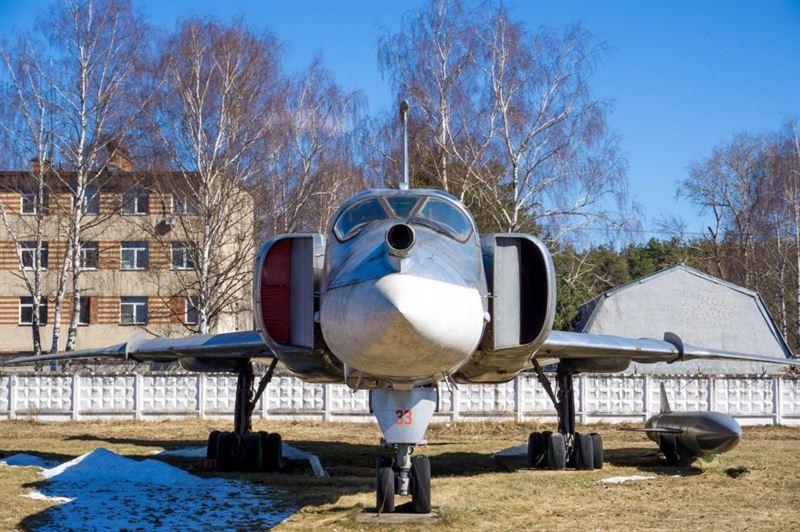 Central Air Force Museum -6- Tu-22M