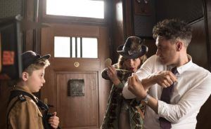 Taika Waititi, Scarlett Johansson, and Roman Griffin Davis in Jojo Rabbit (2019). Photo by Kimberley French - © Fox Searchlight.