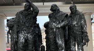 Statue of Bomber Command Memorial Vandalized 1 (2)