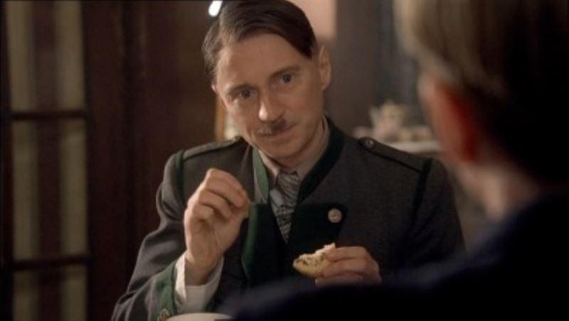 Hitler: The Rise of Evil (2003) - MovieMeter.nl