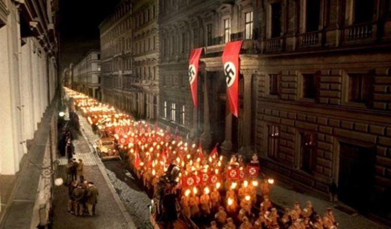 Hitler: The Rise of Evil (2003) - Christian Duguay ...